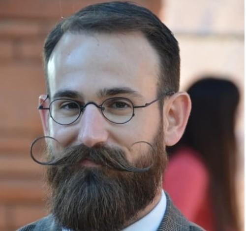 Men Extreme Curl Mustache