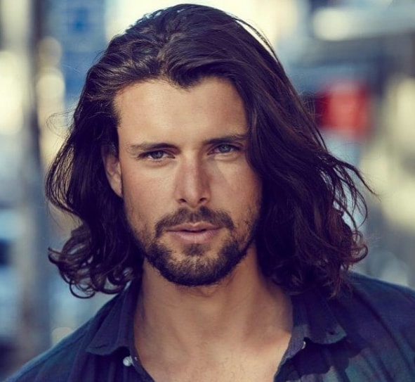 Shoulder Length Hairs with Wavy Layers Men Hairstyle