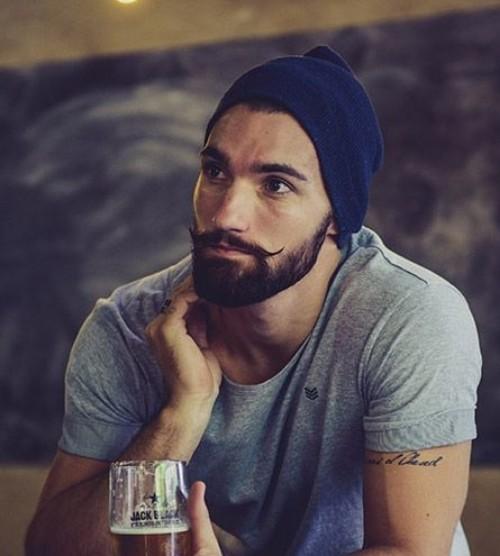 Thin Handlebar Mustache Style