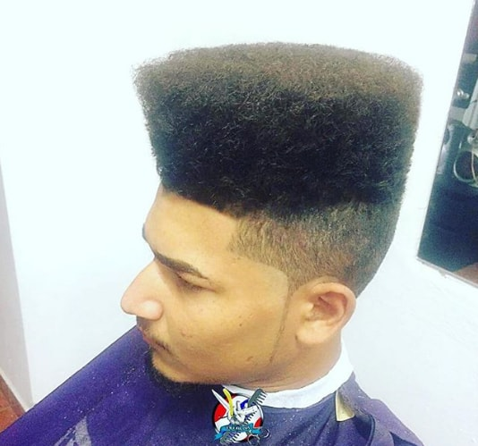 Kinky Locks With Extra-High Top